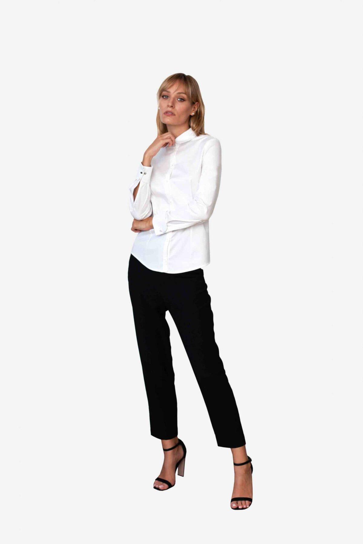 Bluse Michelle von SANOGE. Klassische Business Bluse in weiß. Made in Germany. Pflegeleicht, besonders atmungsaktiv, knitterarm.