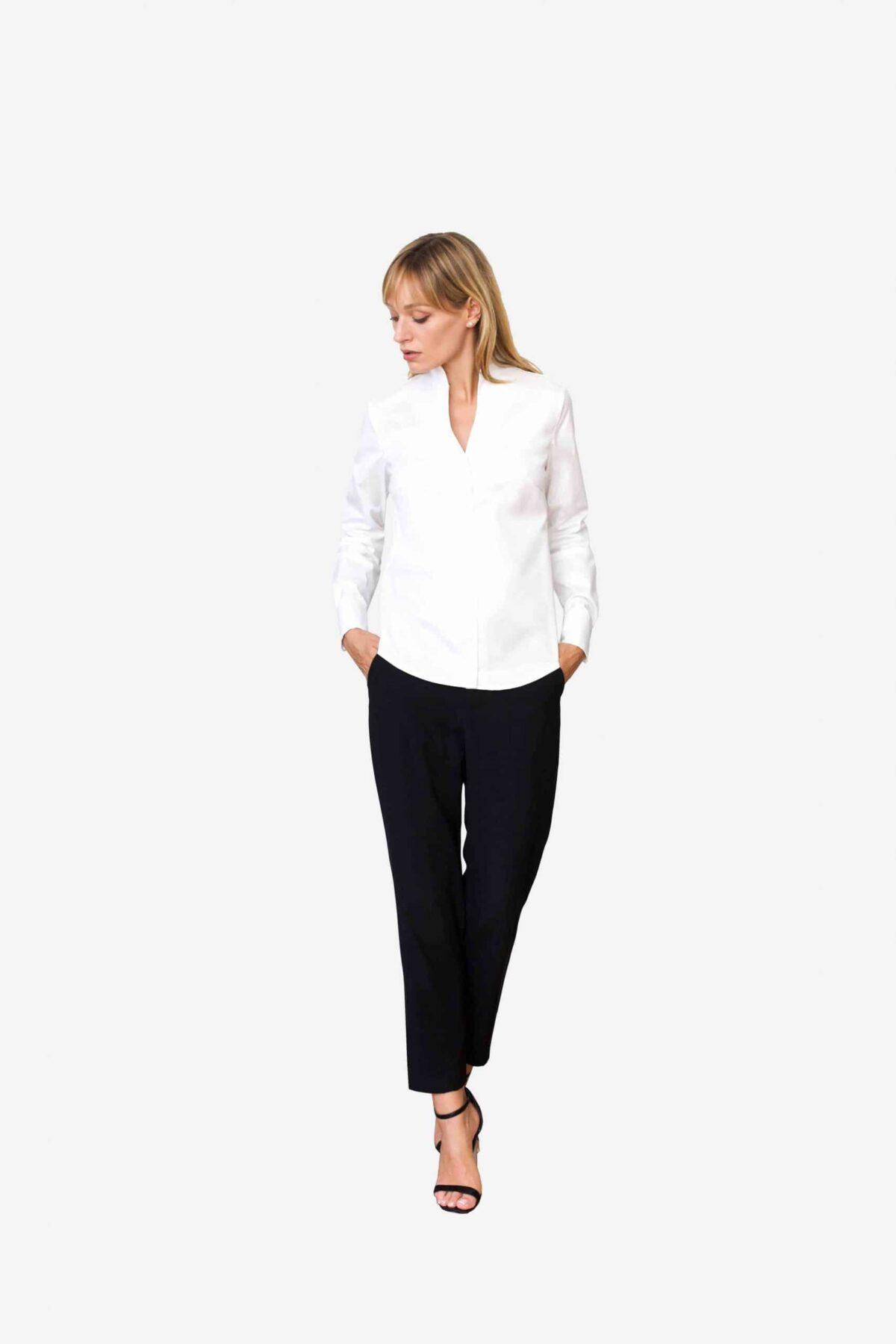 Bluse Sheirlyn von SANOGE. Stilvolle Designer Business Bluse in weiß mit Kelchkragen. Stehkragen. und Umschlagmanschetten.