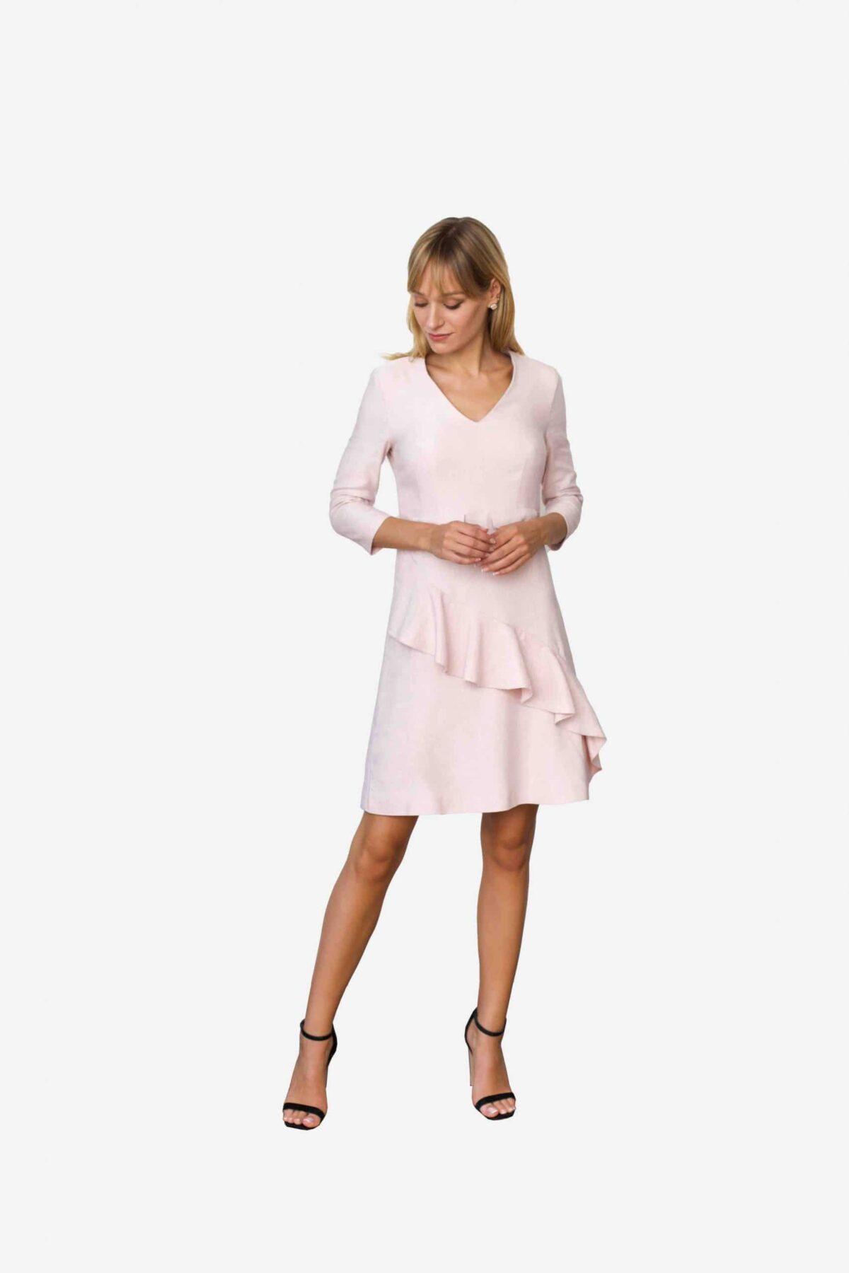Kleid Jane von SANOGE. Rose Etuikleid mit Volant und V Ausschnitt und 3/4 Arm.
