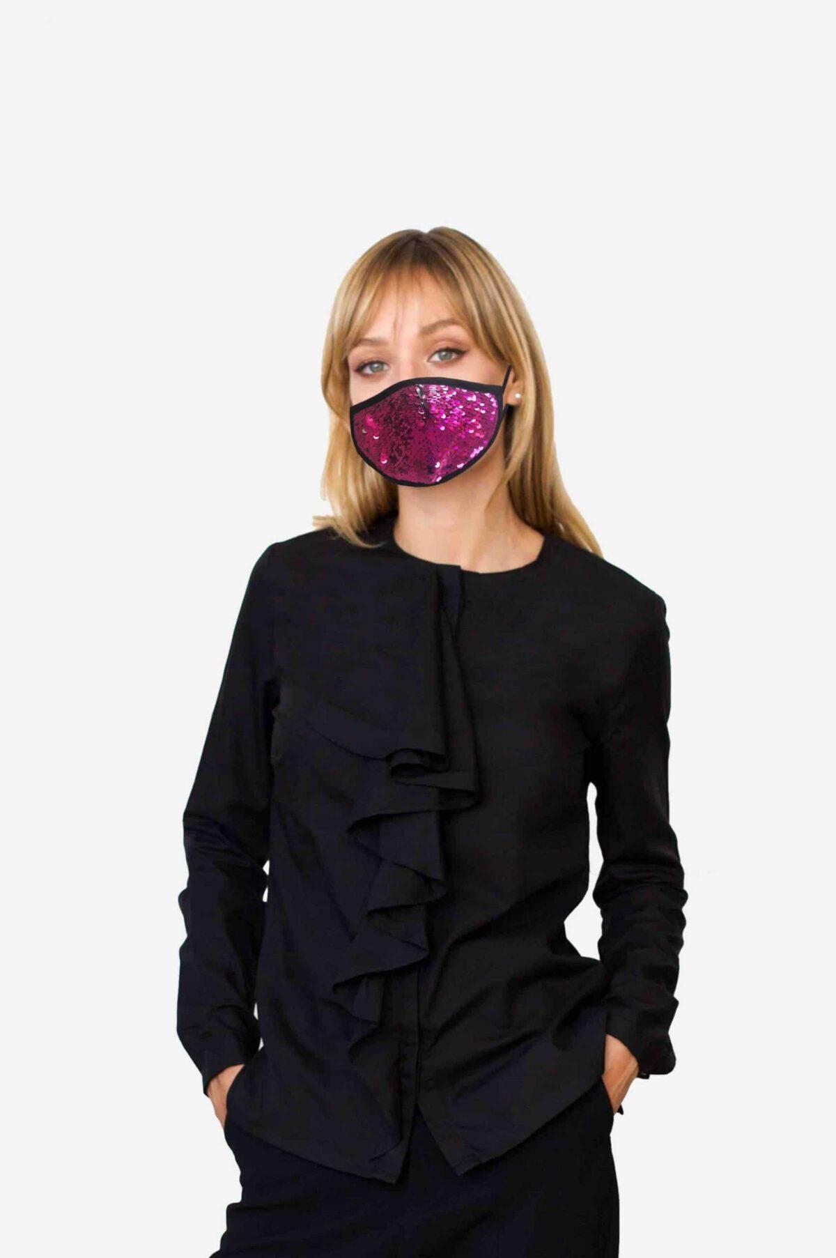 Stylische Mund-Nase-Maske Gesichtsmaske von SANOGE mit pinken und silber Glitzer Pailletten. Edel, elegant. Hergestellt in Deutschland.