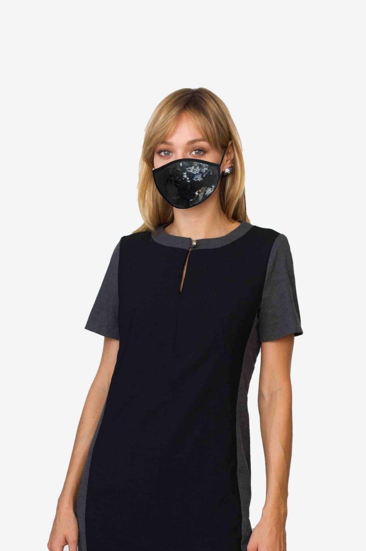 Stylische Mund-Nase-Maske Gesichtsmaske von SANOGE mit schwarzen Glitzer Pailletten. Edel, elegant. Hergestellt in Deutschland.