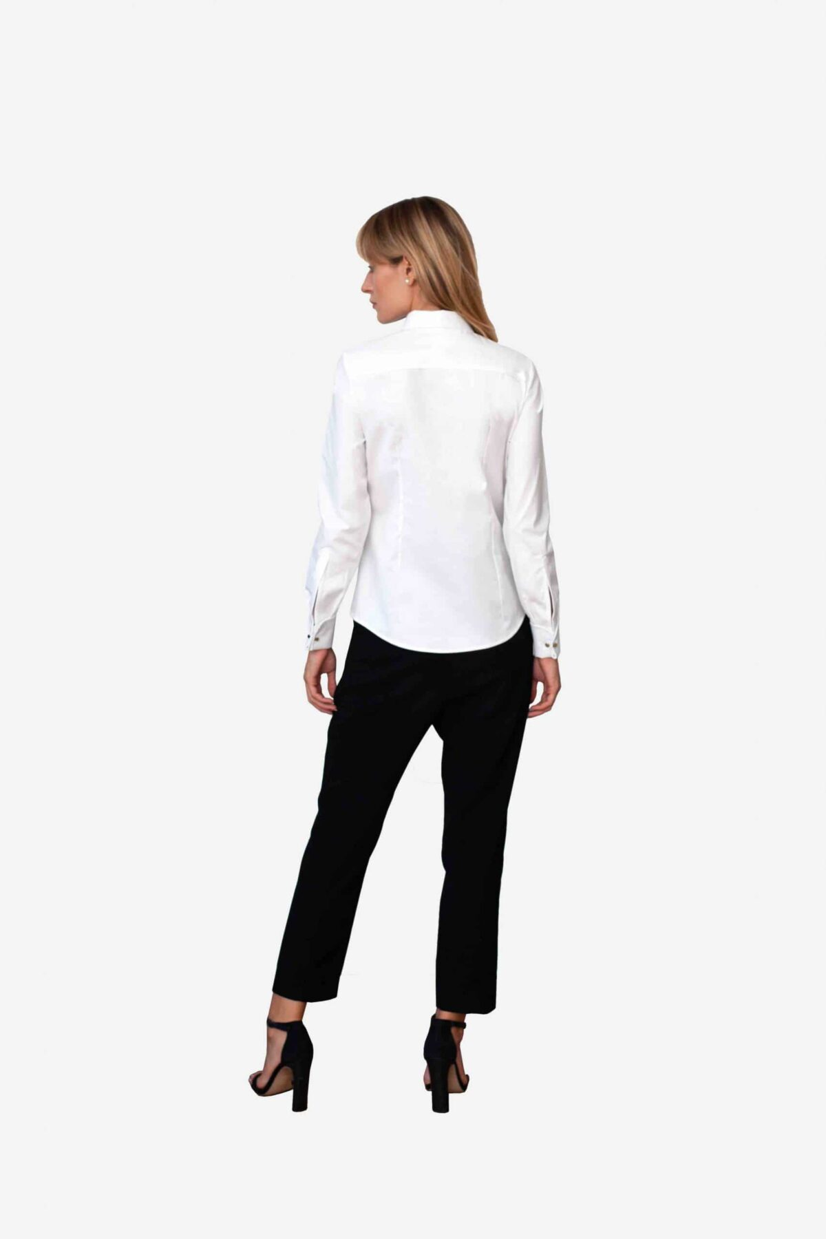 Bluse Michelle von SANOGE - elegante Business Bluse in weiß mit New York Kent Kragen. Pflegeleicht, easy care.